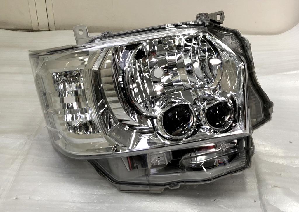 ★ ハイエース HIACE 200系 4型 5型 右 LED ヘッドライト レジアスエース KOITO 26-137 レベライザー有り