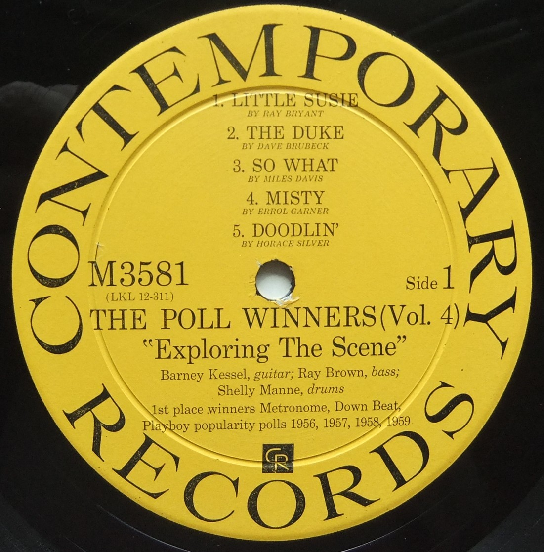 ◆ POLL WINNERS / BARNEY KESSEL, SHELLY MANNE & RAY BROWN / Exploring The Scene ◆ Contemporary M 3581 (yellow:dg) ◆ V_画像3