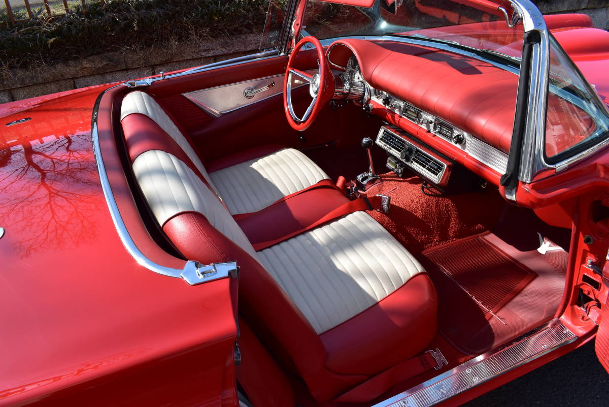 【奇跡の1台】 1957y フォード サンダーバード 初代 フルレストア車両! 直接現地仕入れ! 登録渡し可能! _画像9