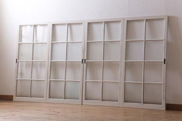 R-041213 アンティーク建具 昭和中期 すりガラス入り ホワイトペイントが爽やかなガラス戸4枚セット(引き戸、窓)(R-041213)
