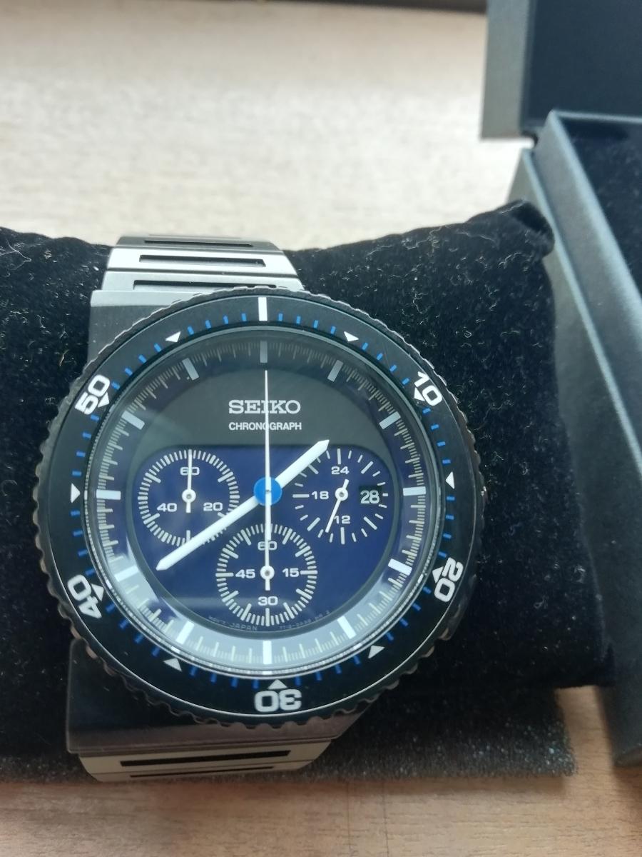 ホワイトマウンテニアリング セイコー 腕時計 美品