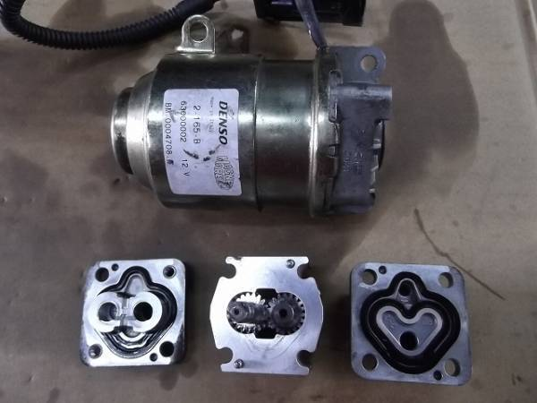 stock equipped Fiat dualogic pump rebuilt ending equipped FIAT 500 chin ke changer to oil pressure New Panda has overhauled