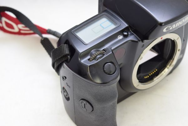 ☆Canon キャノン EOS5 ボディ + EF 35-135mm 1:4-5.6_画像6