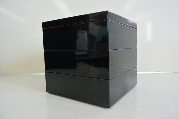 サ/ 漆器 3段重箱セット (菓子皿5枚付)_画像3