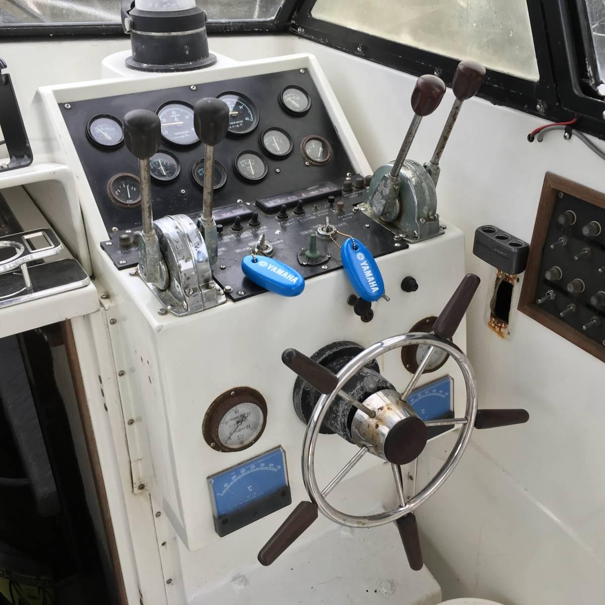 ☆彡30FT シャフト船 いすゞターボ230馬力2基 トイレ・魚探新品 フィッシングボート_画像4