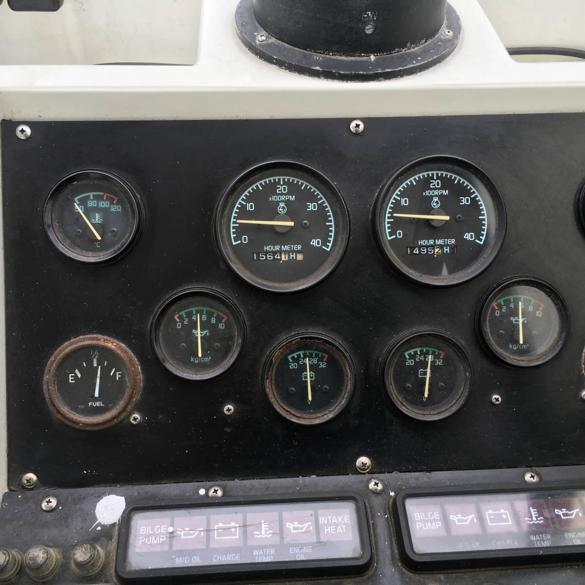 ☆彡30FT シャフト船 いすゞターボ230馬力2基 トイレ・魚探新品 フィッシングボート_画像9