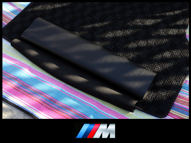 ★希少 極上美品 BMW E90 3シリーズ フロアマット トランク マット ラゲッジマット Mスポーツ Mパフォーマンス 320i 323i 325i 330i 335i★_画像3
