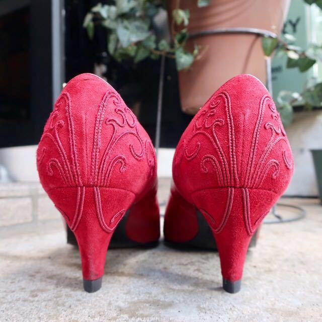 YSL パンプス 35 1/2 (22.5-23cm) 靴 赤 ヒール 通勤 エレガント フェミニン イブサンローラン_画像4