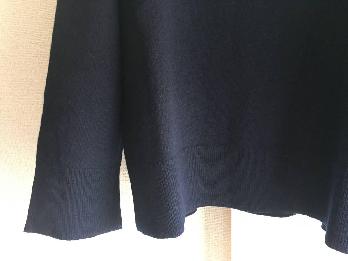 新品 本物 モンクレール ヴァージン ウール ハイネック ニット M ネイビー 紺 ブルー MONCLER セーター トップス ロゴ ワッペン 裏付き_画像6