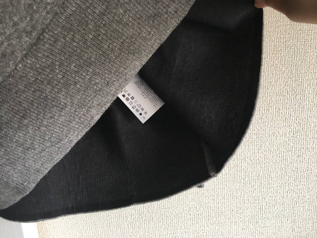 新品 本物 モンクレール ヴァージン ウール ハイネック ニット L グレー MONCLER セーター トップス ロゴ ワッペン 裏付き_画像7