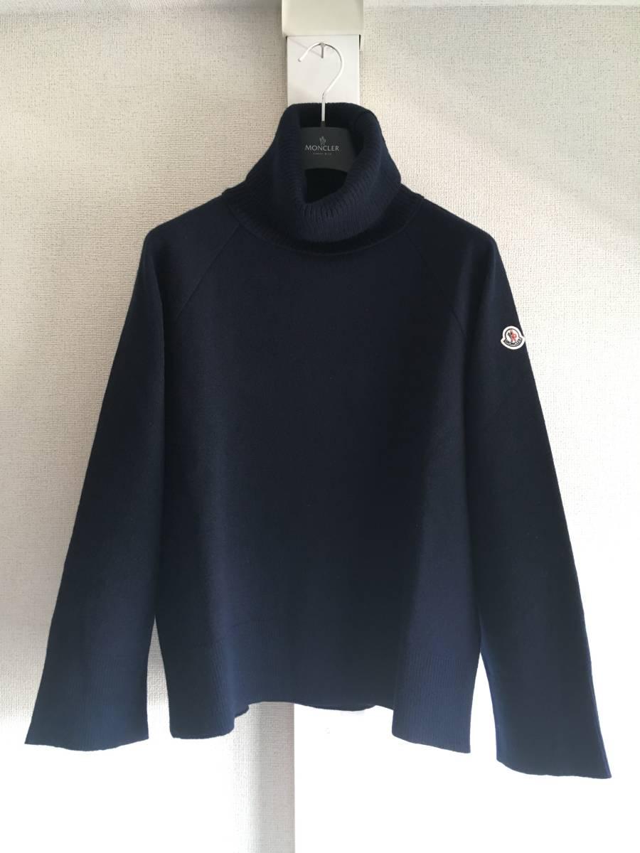 新品 本物 モンクレール ヴァージン ウール ハイネック ニット M ネイビー 紺 ブルー MONCLER セーター トップス ロゴ ワッペン 裏付き_画像1