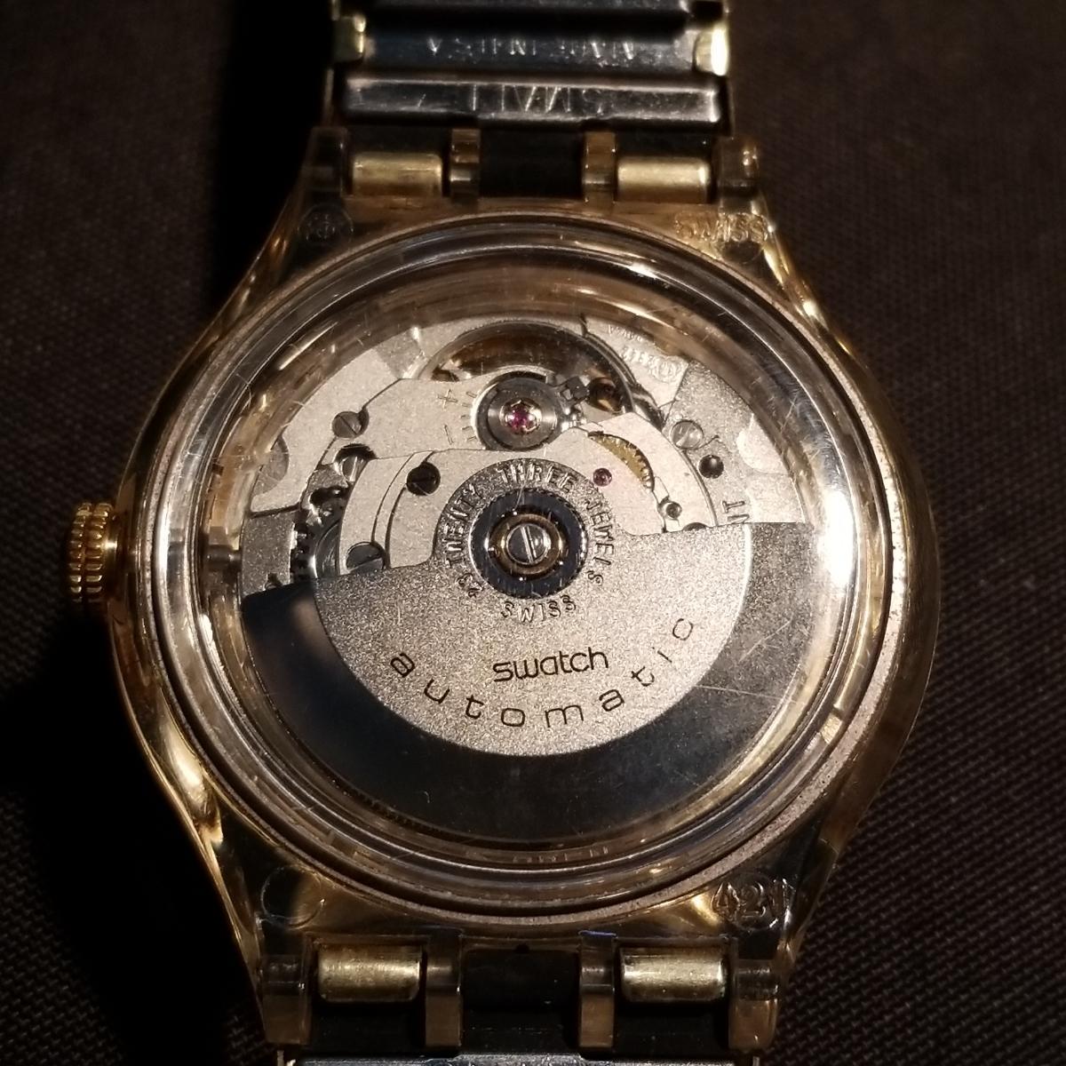 スオッチ、自動巻きSwatch。スケルトンの稼働品。_画像2