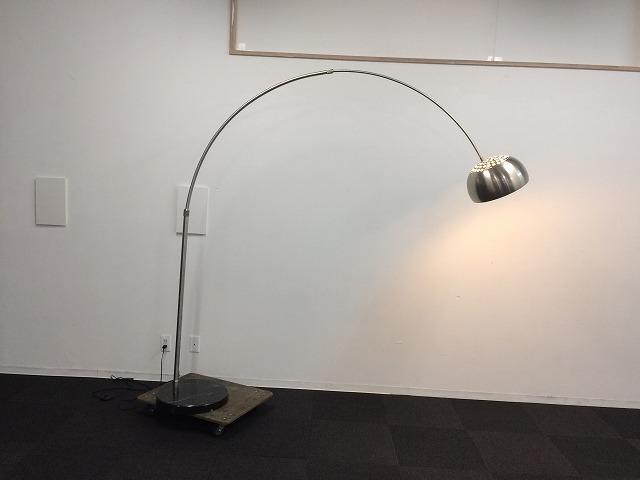 引取限定 モデルルーム展示品 TOYO KITCHEN STYLE フロアランプ SFHL-DF8009B (A05709)