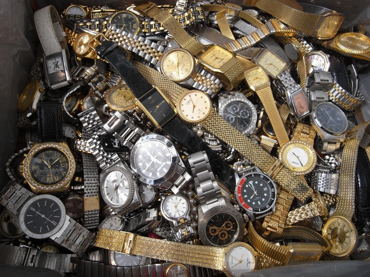 古い腕時計 大量 まとめて 320本以上 SEIKO CITIZEN 舶来など 色々 ジャンク扱い