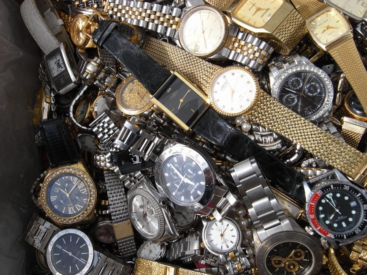古い腕時計 大量 まとめて 320本以上 SEIKO CITIZEN 舶来など 色々 ジャンク扱い_画像5