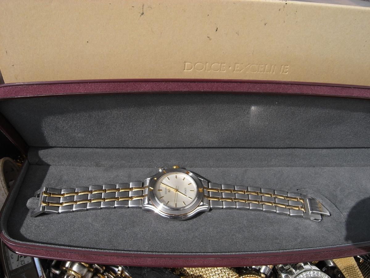 古い腕時計 大量 まとめて 320本以上 SEIKO CITIZEN 舶来など 色々 ジャンク扱い_画像7