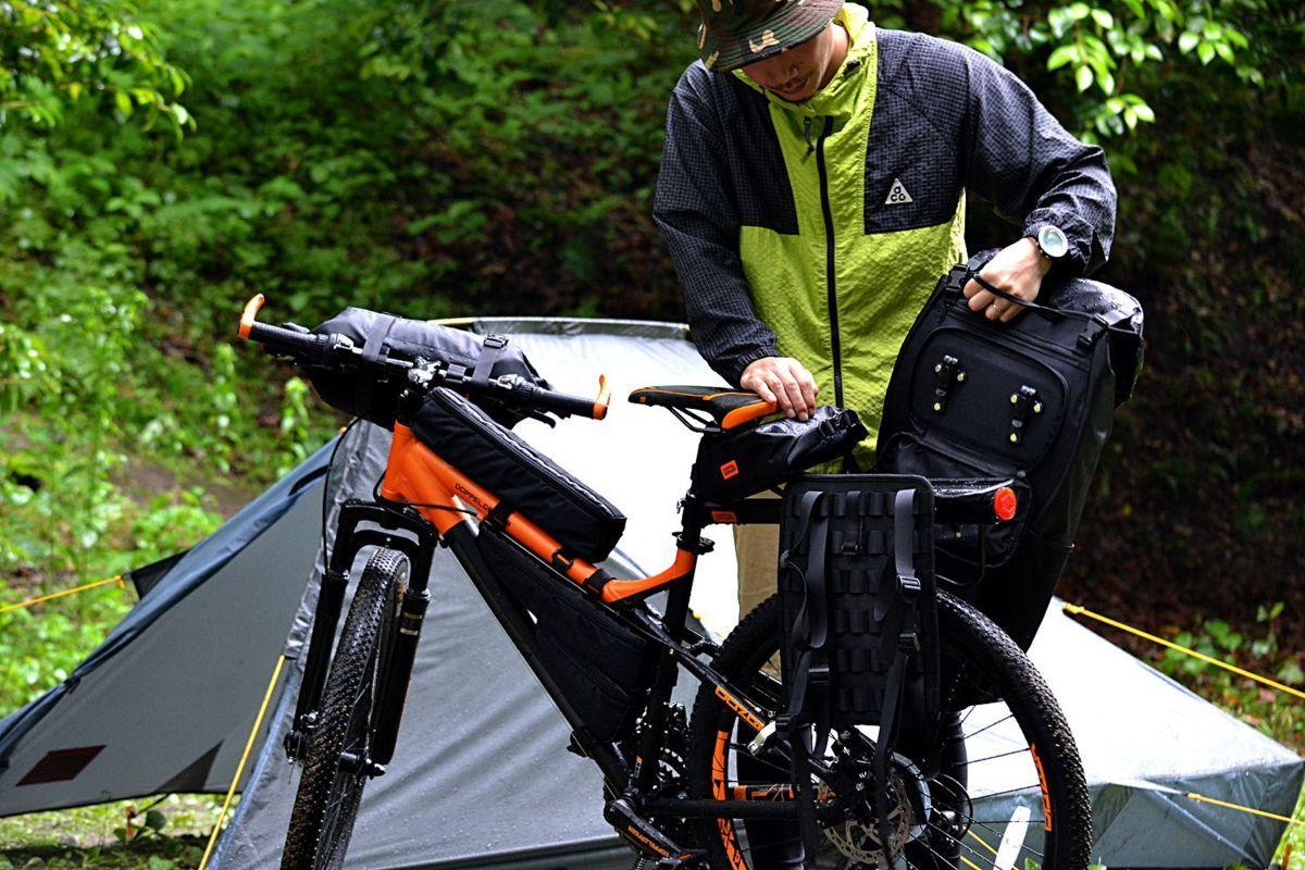 即決新品☆容量35L★自転車に積載することができる背負子型バックパック★リュックサック★パニアバッグ★大容量★サイドバックパック_画像1