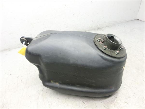 E5-0221 スズキ ストリートマジック 50 燃料タンク フューエルタンク 純正品 【CA1LB-118~ 丸目 後期型】_画像3