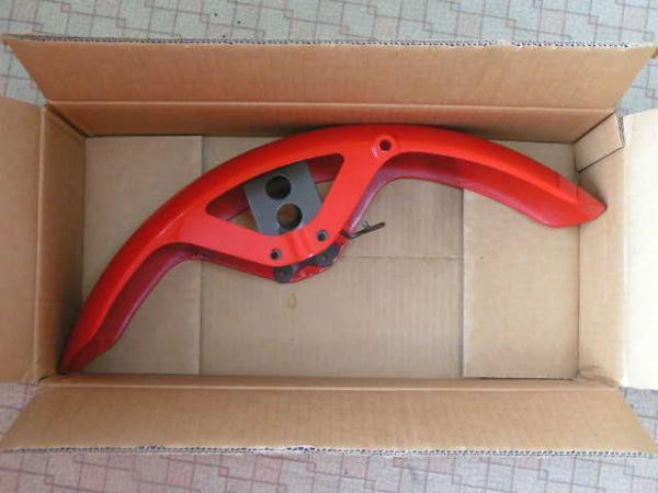◎ホンダ純正 旧CBX400F フロントフェンダー赤新品 メーカー廃番品 CBX550F好_画像1