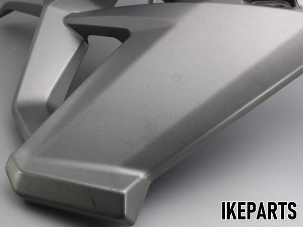 トライアンフ TRIUMPH タイガー800XC TIGER 純正 サイドカウル サイドカバー 片側 割れ有 「2306675」 A203J0346_画像3