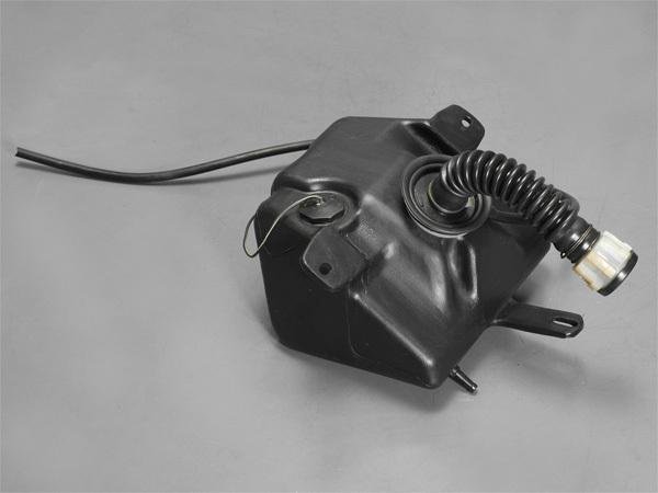 優良販 RG250 Γガンマ 2型 HB オイルタンク_画像1