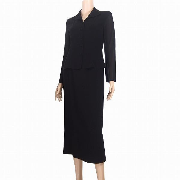 M新品同様/東京ソワール 上品ブラックフォーマルスーツ 表記9号(38号/M相当) 黒 袖透け感素材 長袖 冠婚葬祭 喪服 春夏向け レディース_上品なデザインのブラックフォーマルです。