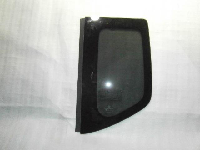 ホンダ N・BOX JF1 左リア クォーターガラス_画像1