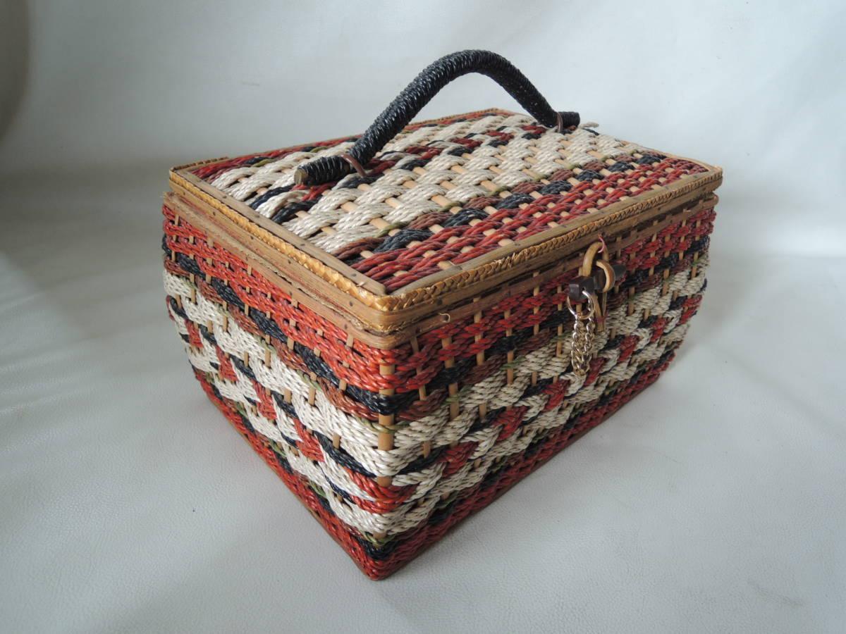 A / 裁縫箱 ソーイングボックス / 裁縫籠 裁縫カゴ 収納箱 / ピクニックバッグ / 昭和レトロ アンティーク / 中古品 5_画像5