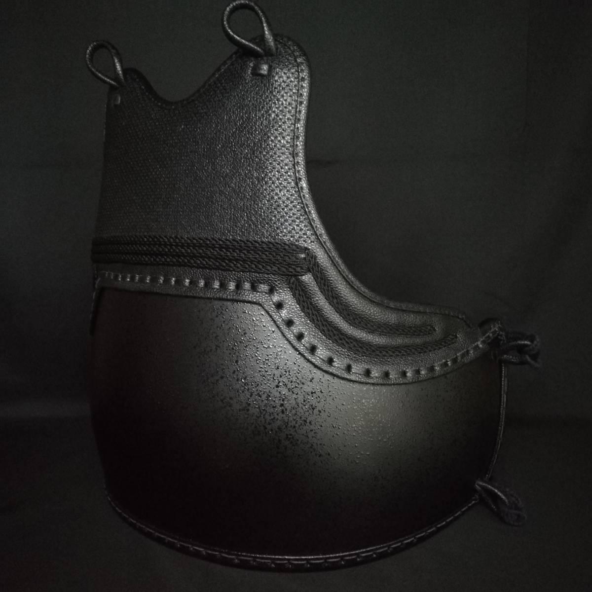 黒石目50本型胴 ベタナナメ刺 胸は腕の動きを妨げないえぐり仕様 サイズM/L 胴紐付き 新品未使用_画像3