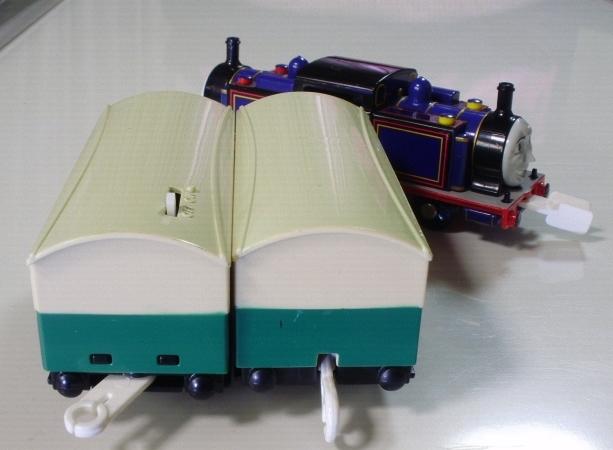 プラレール トーマス ◇ マイティマック  ◇ オリジナル客車2両付き(美品) _画像3