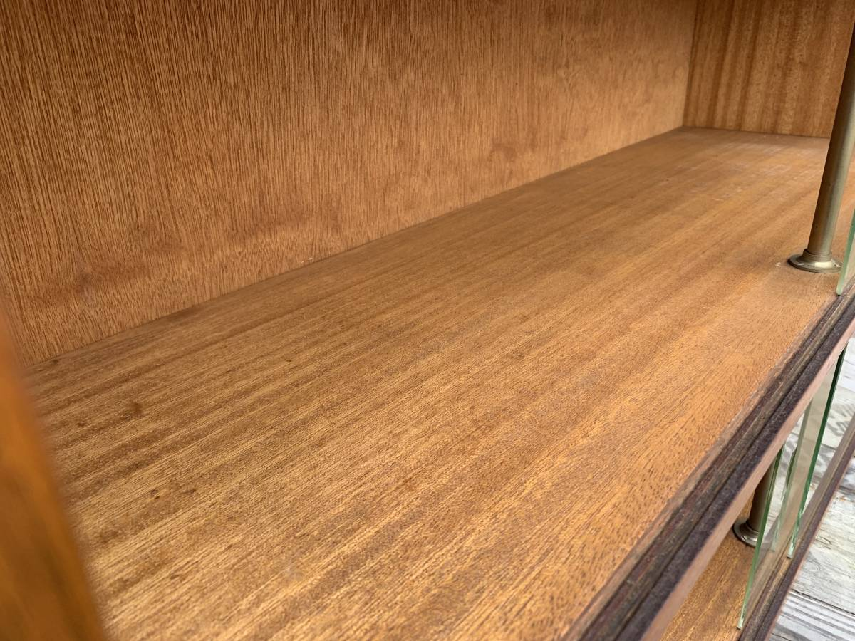 ☆ 送料無料 昭和 アンティーク レトロ 木製 ガラス キャビネット 飾り棚 食器棚 戸棚 古民家 和家具 コレクション 収納 棚_画像3