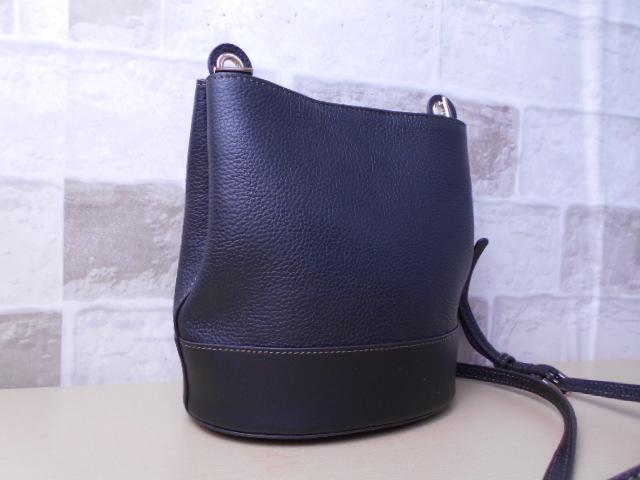 ce2484729134 代購代標第一品牌- 樂淘letao - 未使用品□フルラFURLA□ショルダーバッグブラックレザーバケツ型バッグ素敵鞄ag2227