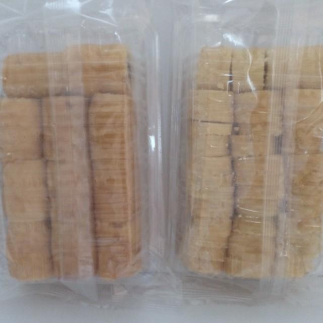 左-餡入り 右-バナナミルク