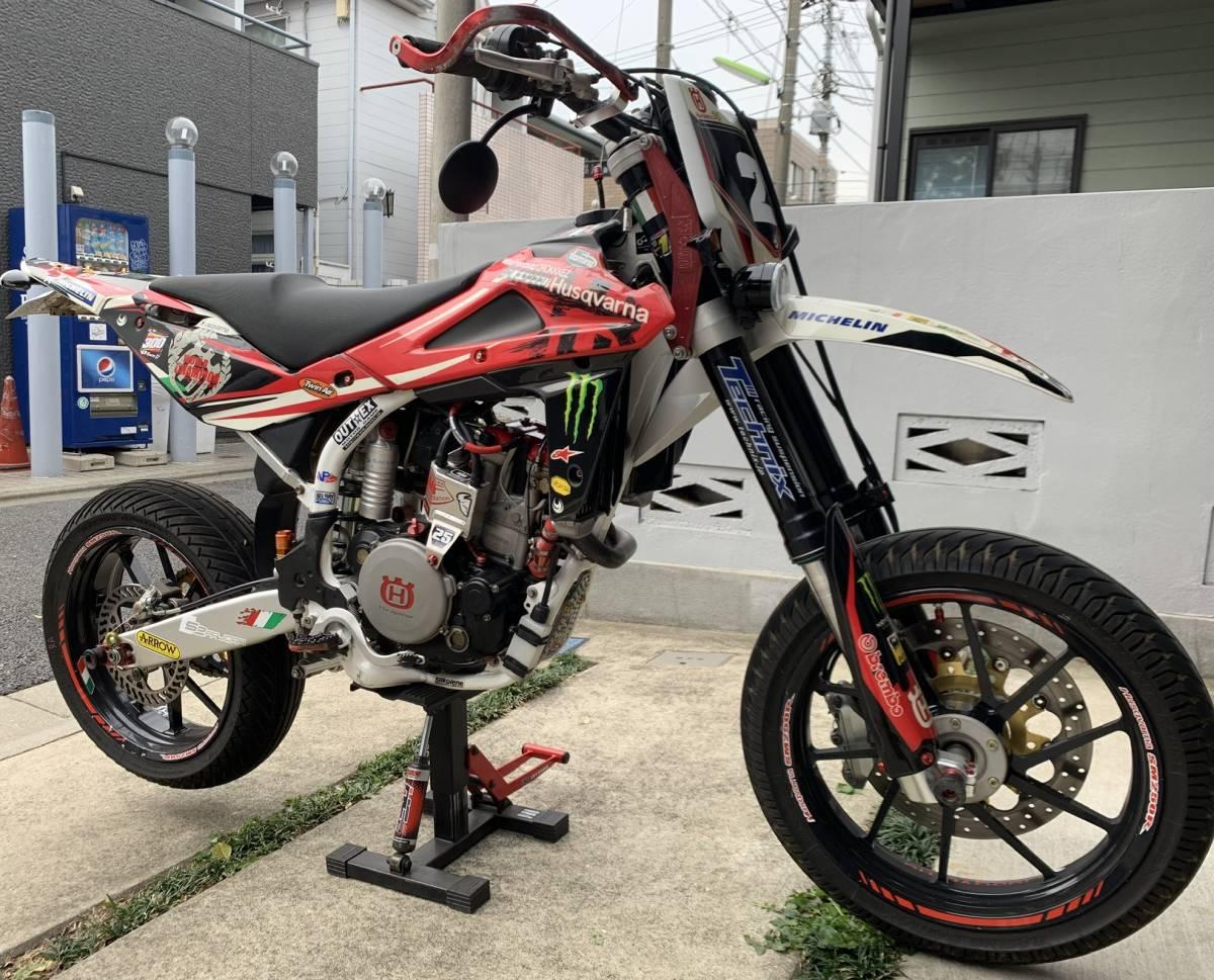 2009年式 インジェクション ハスクバーナSM250R ATHENA300cc 250cc登録 改造多数 予備部品多数_画像2