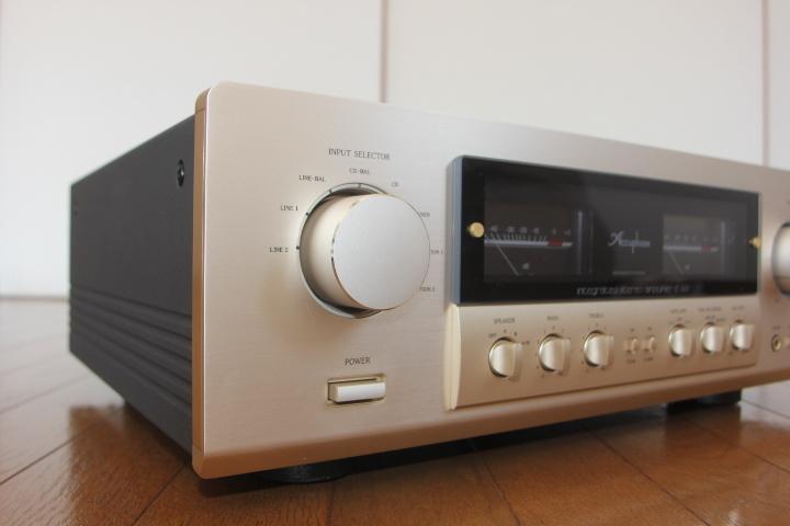 Accuphase アキュフェーズ プリメインアンプ E-307 美品 ワンオーナー 元箱・取扱説明書・リモコン 送料無料_画像3