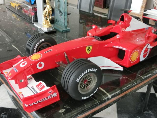 ★ フェラーリ F1 F2002 68/200 ★_画像1