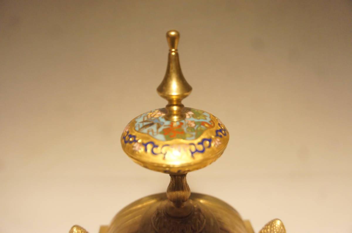 フランス製 ジャッピー 1880年代 手書きオールドセーブル磁器 総オルモルブロンズ装飾  時打ち置き時計  振り子式 手巻き可動品_画像5