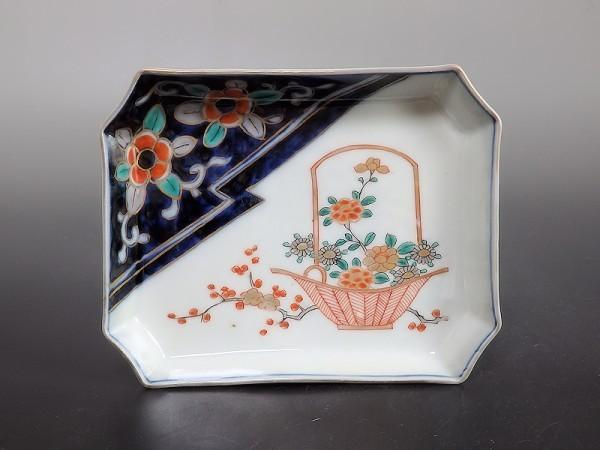 ★華心★ AXe-D130S 古伊万里 色絵 梅に菊 花籠の図 角皿 5枚_画像5