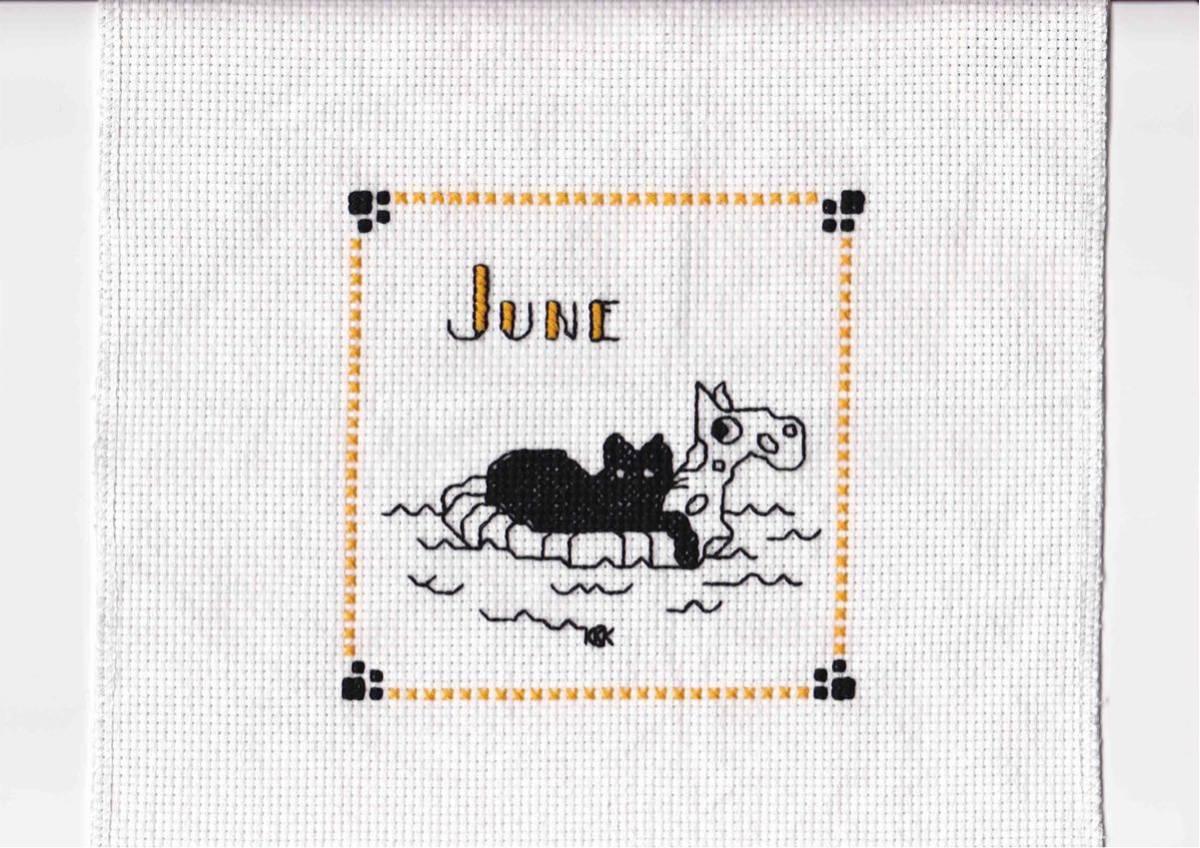 クロスステッチ完成品 ハンドメイド 6月のねこ Cool Kat -June かわいい ポイント消化