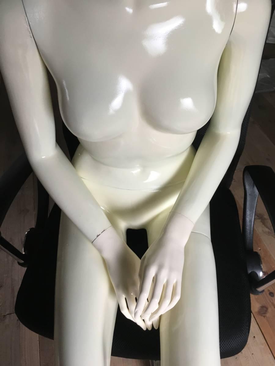 マネキン ③ 女性 腕 可動式 展示 ディスプレイ  腕 脚 取り外し可 レディース オークション フリマ_画像2