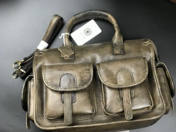 最高のクオリティ★珍しい駱駝革(ラクダ革)手作り手染バックパック メンズ本革キャメルレザー 2WAYバッグ A4対応ショルダーバッグ 鞄