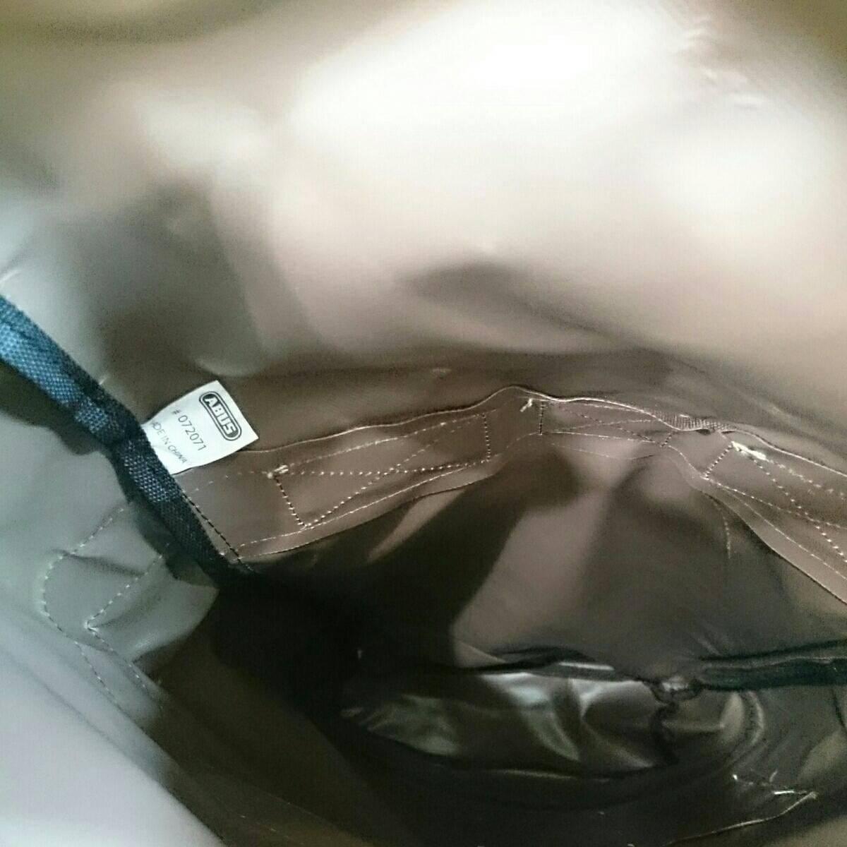 ABUS メッセンジャーバッグ 未使用品 防水 雨の日も問題なし 日焼け少しあります。_画像6