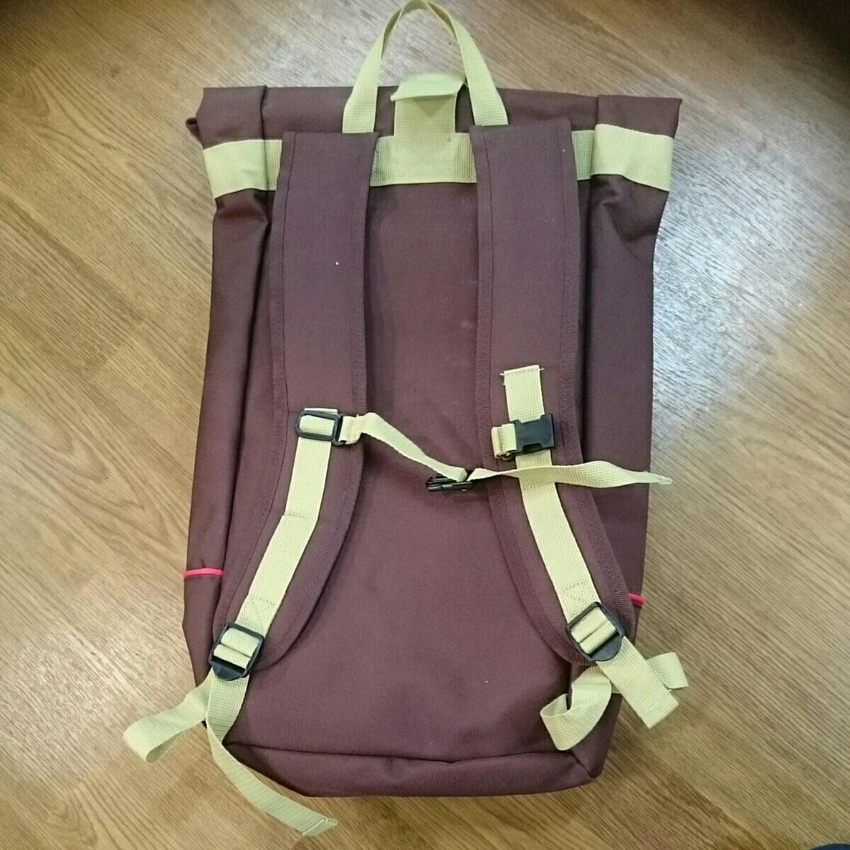 ABUS メッセンジャーバッグ 未使用品 防水 雨の日も問題なし 日焼け少しあります。_画像4