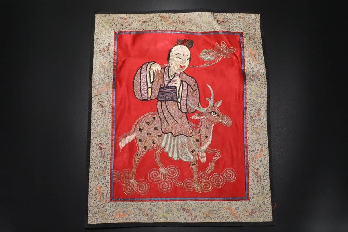 清『絲綢錦 麻姑獻壽圖』伝来 古董品 賞物 置物擺件 37×31cm 重さ39.3g 【B】