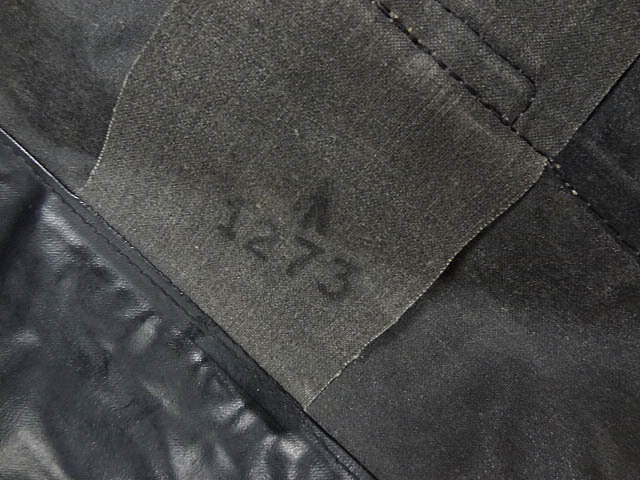 ビンテージ イギリス軍 英国 UK レア 黒 ブラック PVC ラバー ビニール 素材 ロング コート レインコート 防水 オーバー コート 珍品 希少_画像8