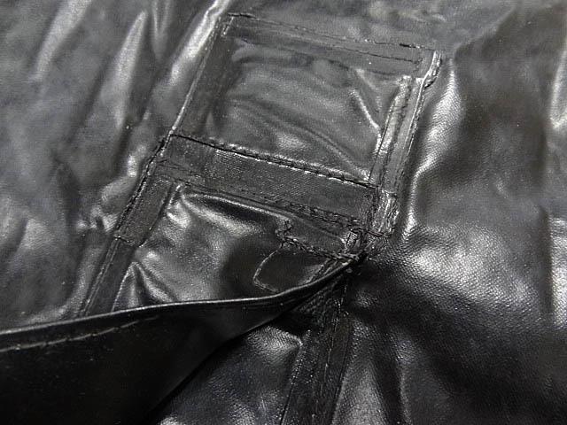 ビンテージ イギリス軍 英国 UK レア 黒 ブラック PVC ラバー ビニール 素材 ロング コート レインコート 防水 オーバー コート 珍品 希少_画像10