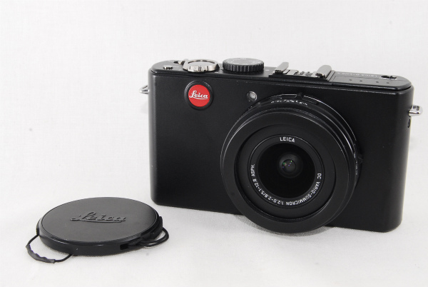 ★良品★LEICA ライカ D-LUX4 人気のコンパクトデジタルカメラ 純正カメラケース付き♪_画像2