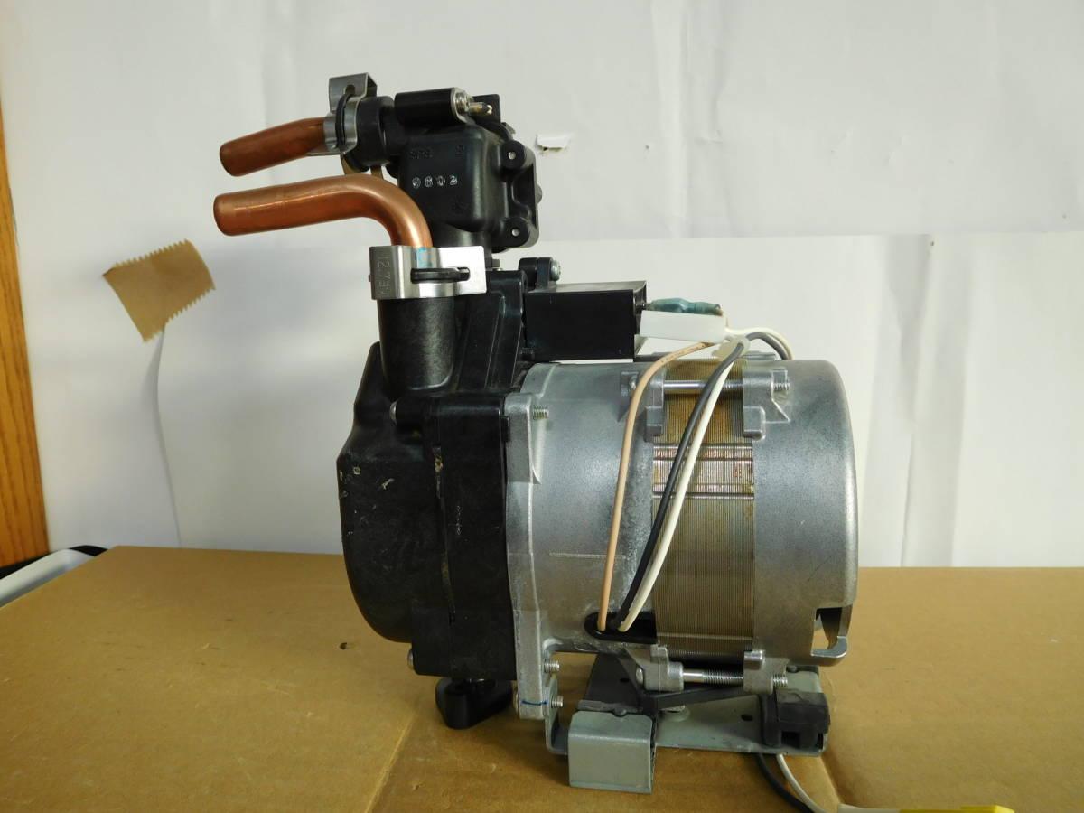 マグネットポンプ 自吸式 水槽ろ過装置 自作品等の吸水循環に 給湯器より。中古 格安出品 #86_画像3