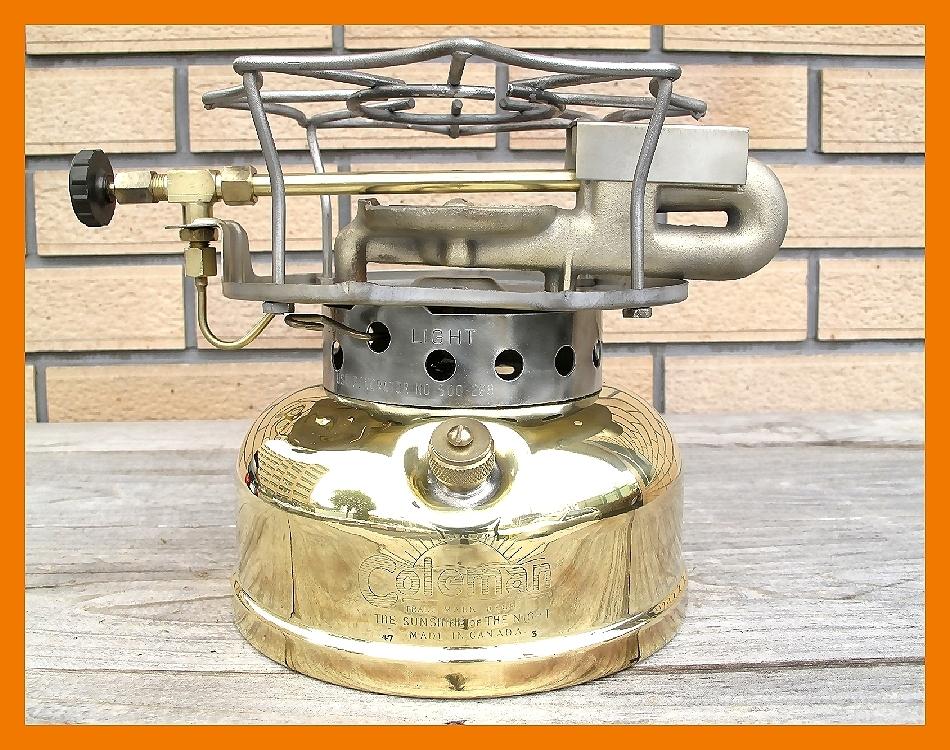 【M】超光沢500コールマン3'47完全燃焼分解整備元箱点火保証ブラスの生地を鏡面に研磨してコーティングしています美しい光沢鏡のタンク