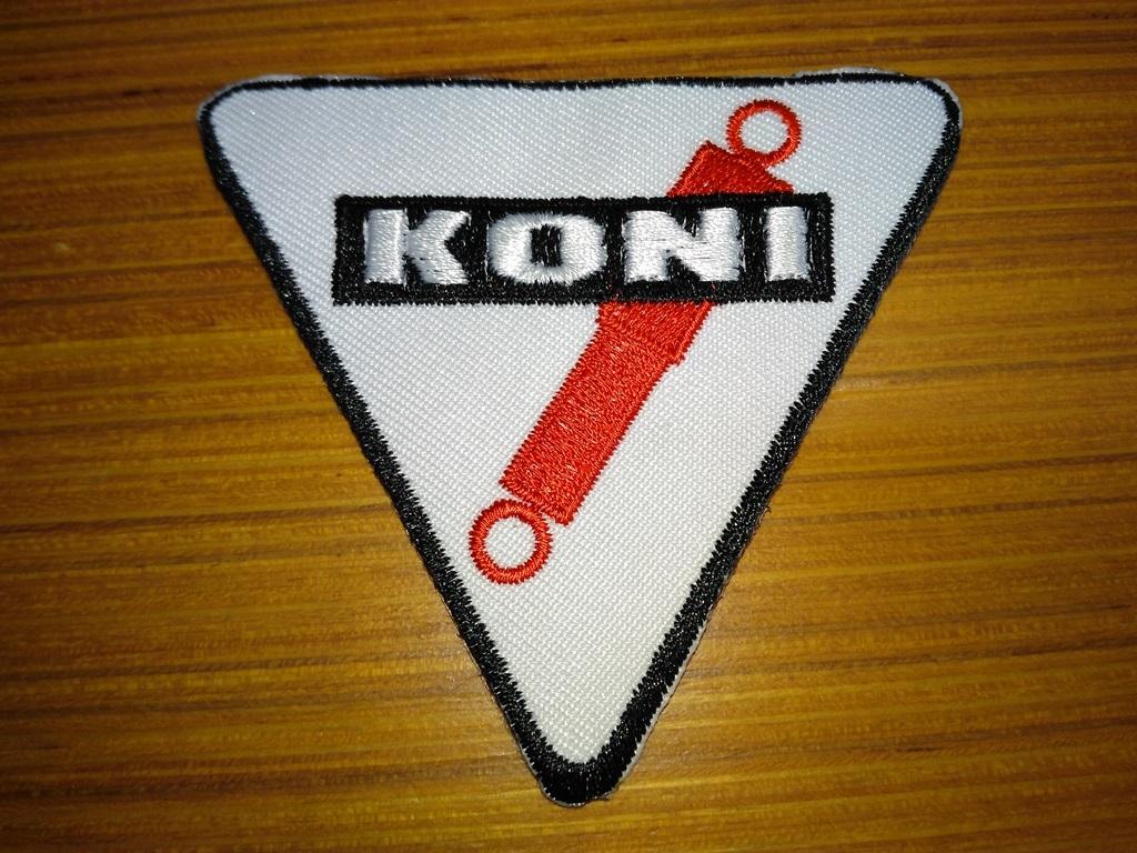 赤字覚悟!コニ KONI 自動車 オートバイ バイク 裁縫 刺繍 スポンサー ワッペン アイロン